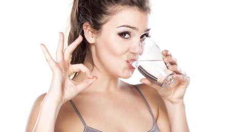 women-drinking-water-1