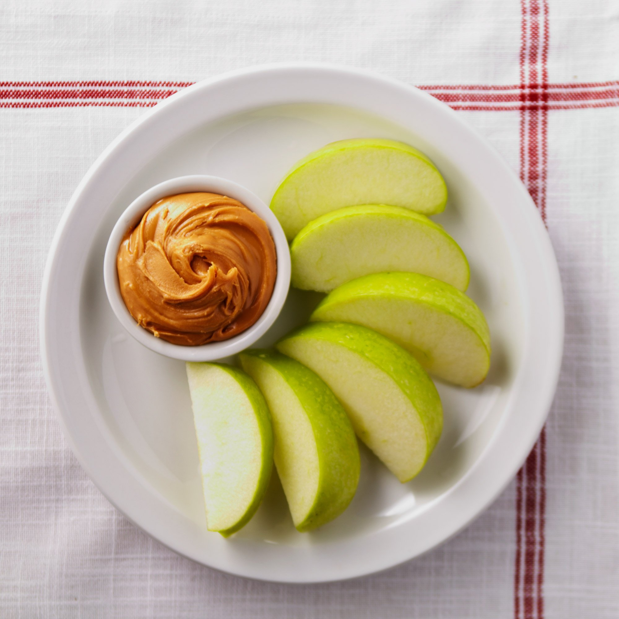apple-slices-with-peanut-butter-snack-recipe